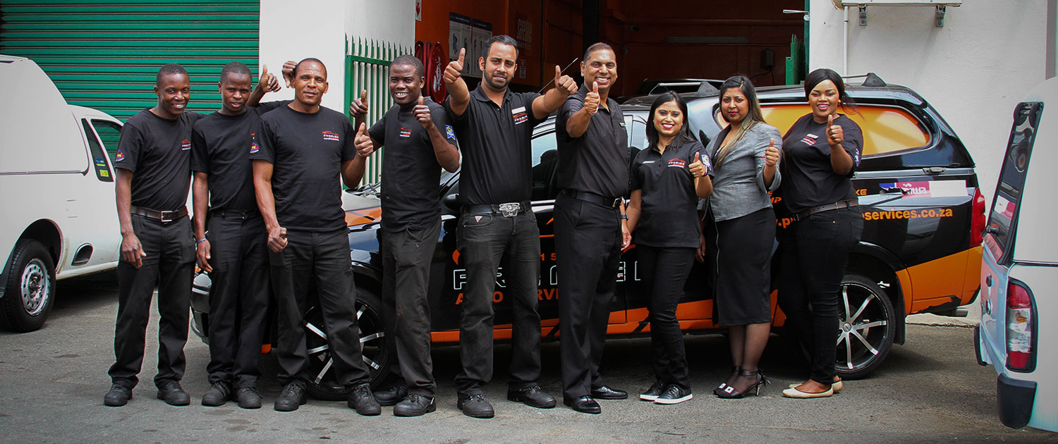 Premier-Auto-Services e-CAR Team