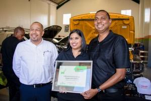 Premier-Auto-Services-e-CAR-Yugan-&-Sharoma